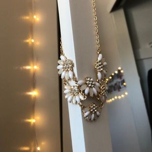 Gold and white flower necklace